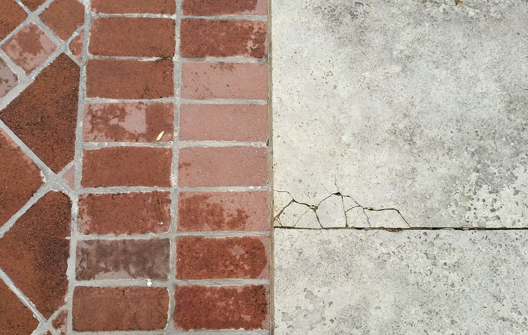 Ugly Cracks